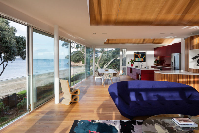 A Modern House in Takapuna, Auckland, That Opens Out to the Sea ...